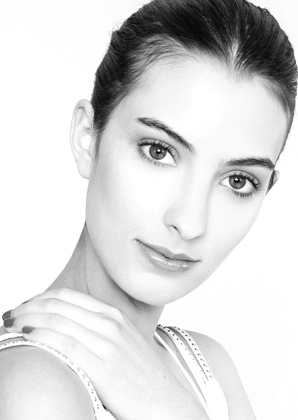 INformamodel;julia bentancur;
